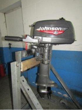 Außenborder 5 PS Johnson, 2-Takt, Normalschaft, Handstart,Pinne
