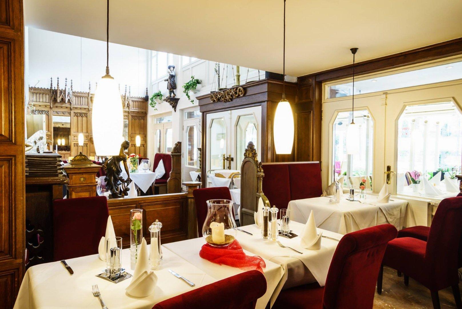Hotel & Restaurant Holsteiner Hof GmbH in 23669 Timmendorfer Strand