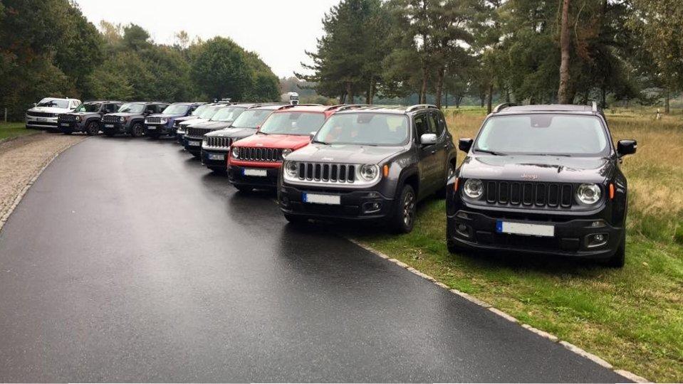 Auto-Center Ahrendt GmbH Jeep in 24539 Neumünster