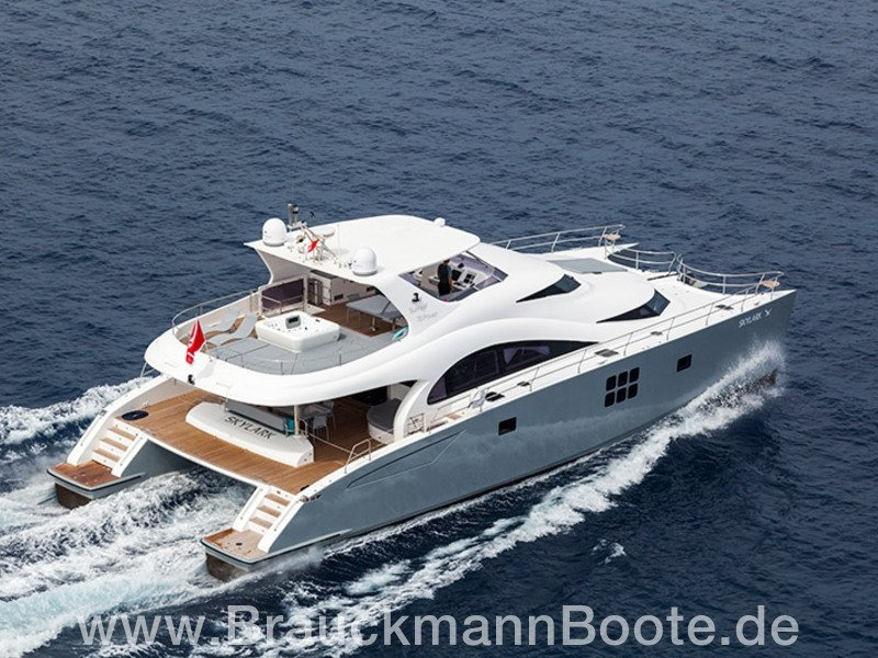 Sunreef Power 70 Skylark